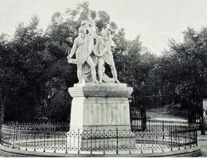 Daoiz y Velarde en el Parque del Retiro desde 1946 hasta 1950